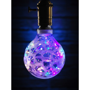 This E27 light bulb from Auraglow has LED string lights inside that create a staryy night sky effect which is eye catching due to its globe shape. Perfect for mood lighting and parties or events as the bright light sets the mood for the whole room.