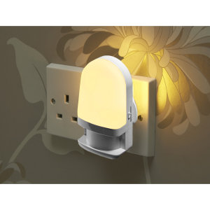 The Auraglow Plug-In Night Light with daylight sensor is ideal for adding a gentle light to nurseries, children's bedrooms and hallways the night light consists of 4 Auraglow LED's which activate in darkness & turn off automatically when light is detected