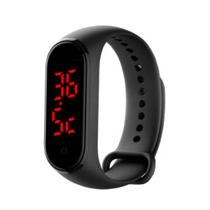 Adopted high-precision thermal conductivity temperature sensor, the bracelet helps you accurately measure your body temperature changes anytime to show you if you have a fever or not. Also tells the time and is IP67 Waterproof for all weather.