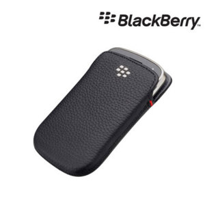 BlackBerry Bold 9900 Leather Pocket - Black - ACC-38857-201