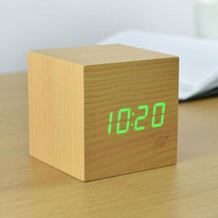 Réveil Cube LED Gingko Click Clock - Hêtre