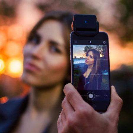 iblazr2 Wireless iOS & Android LED Flash