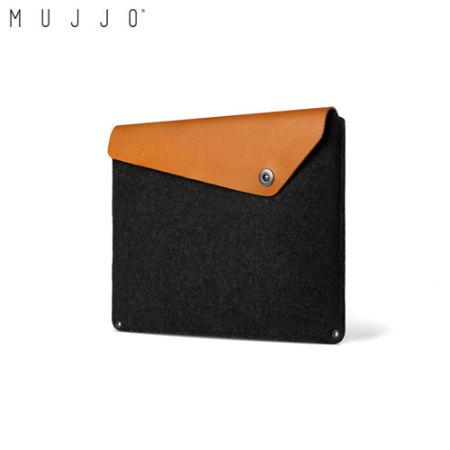 housse macbook pro 15 avec touch bar mujjo en cuir noire brun. Black Bedroom Furniture Sets. Home Design Ideas