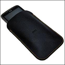 HTC Desire dans la housse PO S510