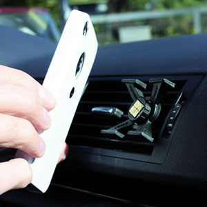Tetrax Magnetic iPhone 4 Car Holder