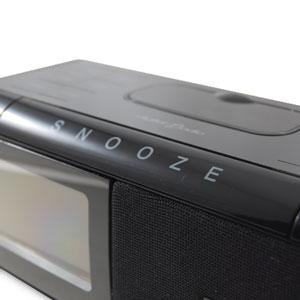 grundig dab radio alarm clock dock for iphone and ipod. Black Bedroom Furniture Sets. Home Design Ideas