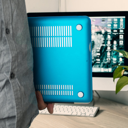 Olixar ToughGuard MacBook Pro 13 inch Hard Case - Blue
