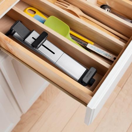 """Belkin Kitchen Cabinet Tablet Mount for 7-10"""" Tablets"""