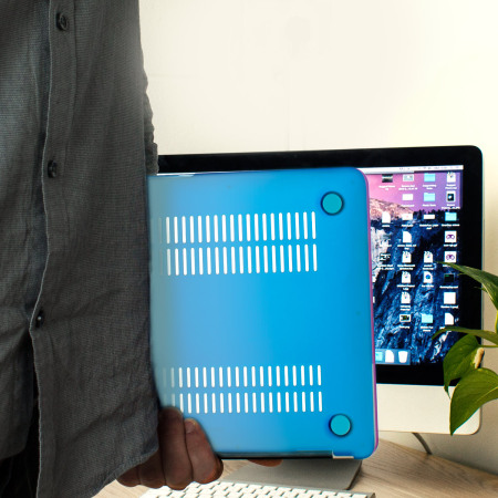 toughguard macbook air 13 zoll h lle hard case in cosmic haze rainbow. Black Bedroom Furniture Sets. Home Design Ideas