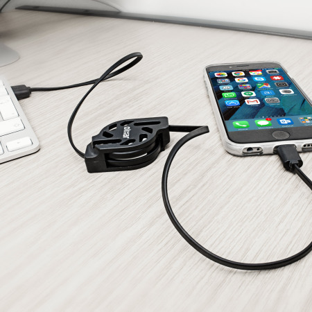 Olixar Retracta-Cable MFi Lightning Charge and Sync Cable - Black