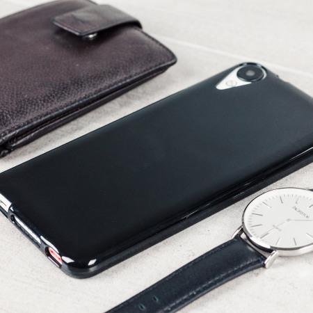 Olixar FlexiShield HTC Desire 825 Gel Case - Solid Black