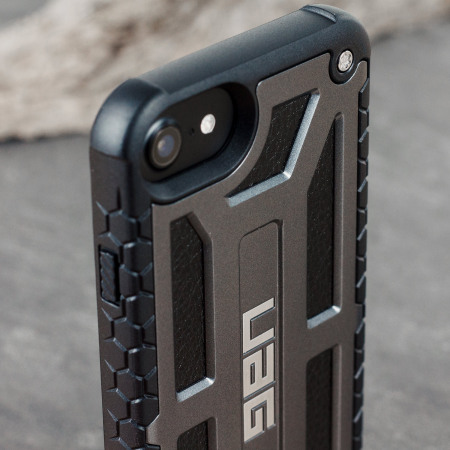 and uag monarch premium iphone 7 protective case graphite few days later