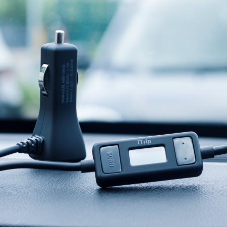 Griffin iTrip Lightning FM Transmitter & Car Charger - Black