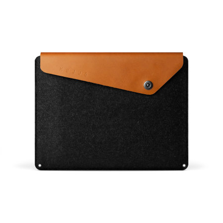 Mujjo MacBook Pro 15 with Touch Bar Leather Sleeve - Black / Tan