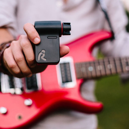 roadie rd100 smart automatic app controlled guitar tuner. Black Bedroom Furniture Sets. Home Design Ideas