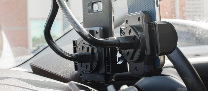 Olixar Adjustable Dual Windscreen In Car Holder