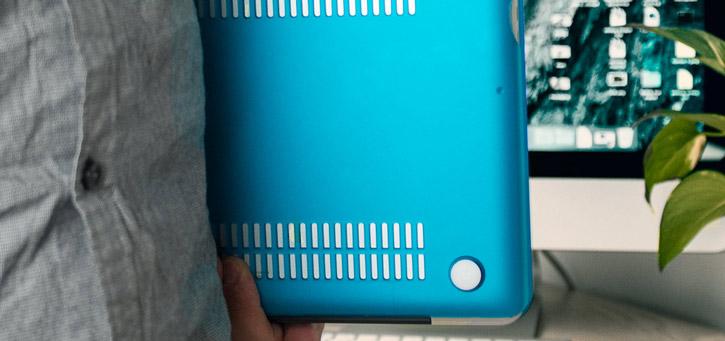 ToughGuard MacBook Pro 15 Inch Hard Case - Blue