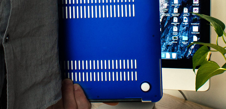 ToughGuard MacBook Air 13 Hard Case - Blue