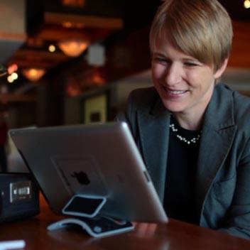 Support Bureau Universel Ultra Portable pour tablette PadPivot NST