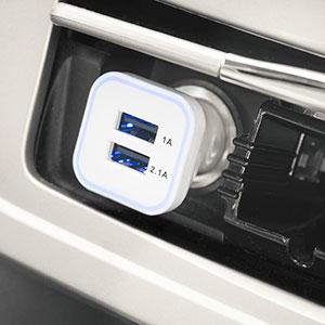 Chargeur Voiture Double USB 3.1 Amp + Câble Lightning - Blanc