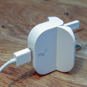 Mu Foldable USB Mains Charger Adapter