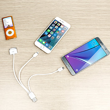 4-in-1 Charge and Sync Cable (Apple, Galaxy Tab, Micro USB) - White