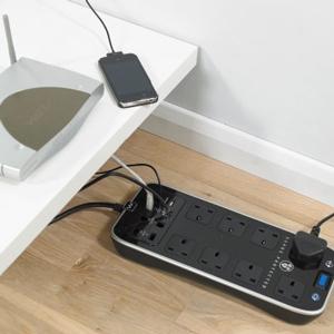 Masterplug Surge Protected Power Centre - SRPTU82PB-MP