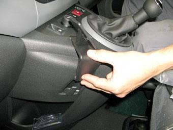 Brodit ProClip Right Mount - Volkswagen Passat 12-14