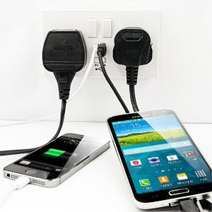 5 new ways to charge your iphone 5s mobile fun blog. Black Bedroom Furniture Sets. Home Design Ideas