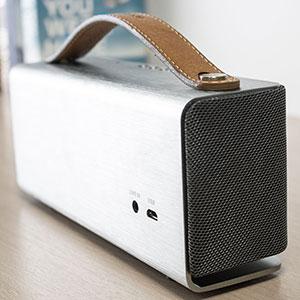 Veho M6 360° Mode Retro Bluetooth Speaker