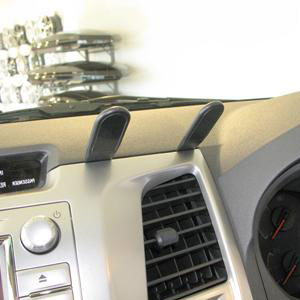 Brodit ProClip Center Mount - Toyota HiLux 12-15