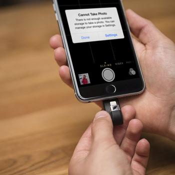 Clé USB stockage 32 Go pour appareils IOS Leef iBridge - Noire