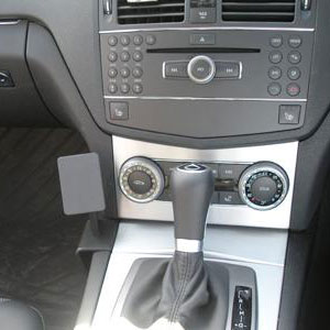 Brodit ProClip Angled Mount - Mercedes Benz C-Class 07-10