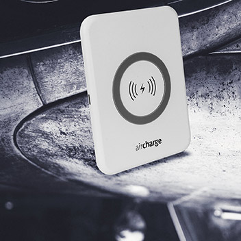 aircharge Slimline Qi Wireless Charging Pad and UK Plug - White