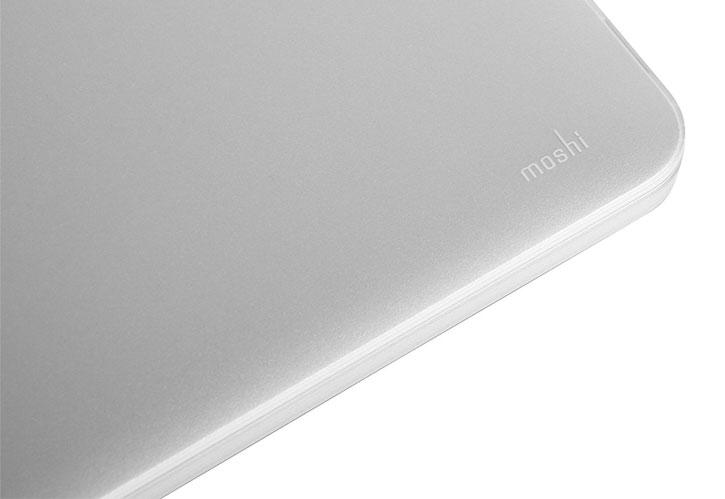 Coque MacBook Pro 13 pouces Retina Moshi iGlaze rigide – Transparente