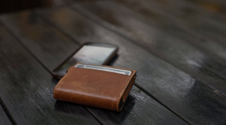 Nomad Slim MFi Lightning Genuine Leather Battery Wallet  - Brown