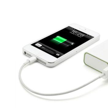 Câble Lightning vers USB Olixar Charge & Sync. 10cm – Blanc