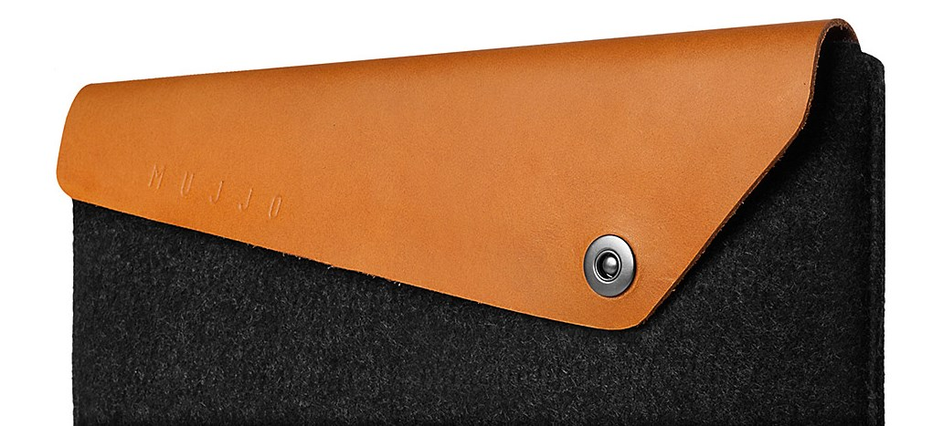 Mujjo Leather Sleeve for the 12 Inch MacBook - Black