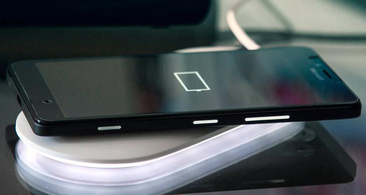 Microsoft Wireless Charging Plate - White
