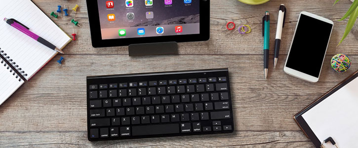 Kit: Premium Aluminium Smartphone & Tablet Bluetooth Keyboard - Black