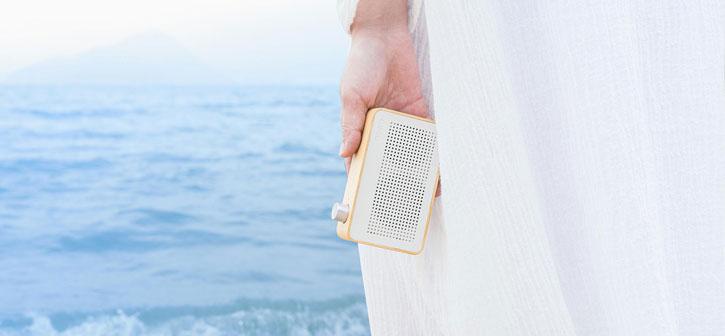 Altavoz bluetooth estilo radio de madera vintage Emie