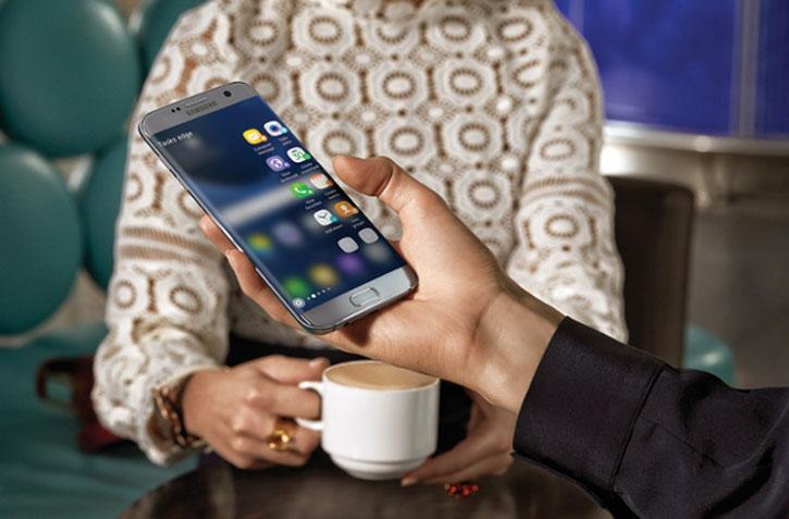 SIM Free Samsung Galaxy S7 Edge Unlocked - 32GB - Gold