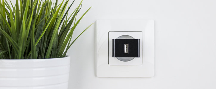 High Power 2.4A USB EU Wall Charger with USB-C Cable