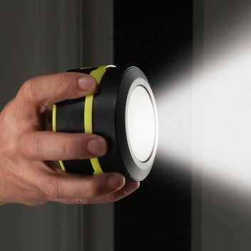 Altavoz Bluetooth con linterna Secur Rugged