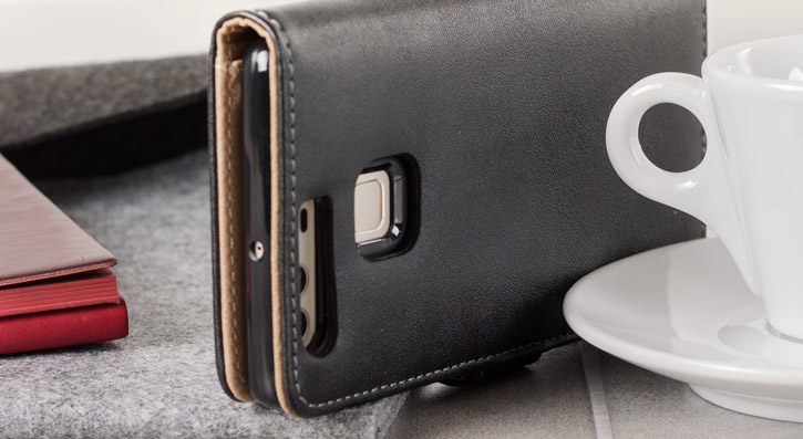 Olixar Leather-Style Huawei P9 Wallet Case - Black / Tan