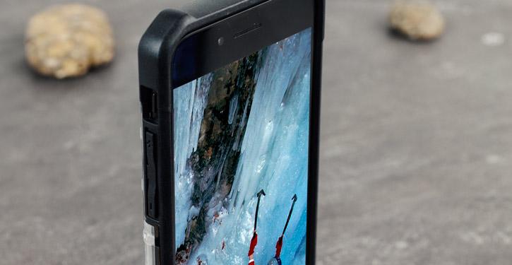 UAG Plasma iPhone 7 Protective Case - Ice / Black