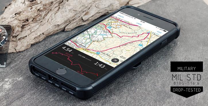 Coque iPhone 8 Plus / 7 Plus UAG Trooper Portefeuille – Noire vue sur port