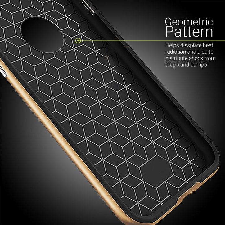 Olixar X-Duo iPhone 7 Plus Case - Carbon Fibre Gold