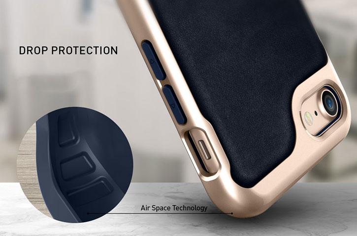 Coque iPhone 8 / 7 Caseology Envoy Series – Cuir Bleu Marine vue sur appareil photo
