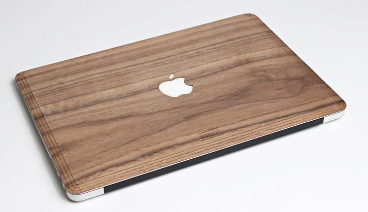 WoodWe Real Wood Apple Macbook Pro Retina 13 Cover - Walnut
